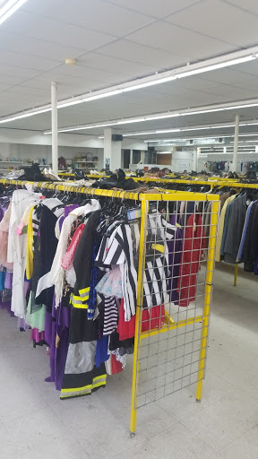 City Thrift Outlet, 2301 Lexington Ave, Kansas City, MO 64106, Thrift Store