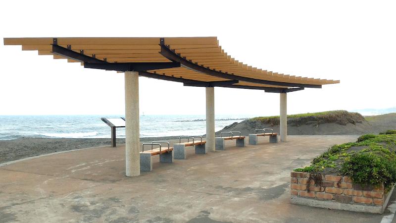 平塚海岸 展望休憩所(高浜台)