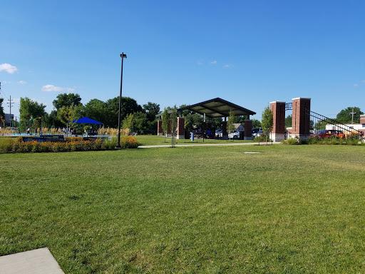 Water Park «Leon Corlew Park & Splash Pad», reviews and photos, E Schwarz St & S Main Street, Edwardsville, IL 62025, USA