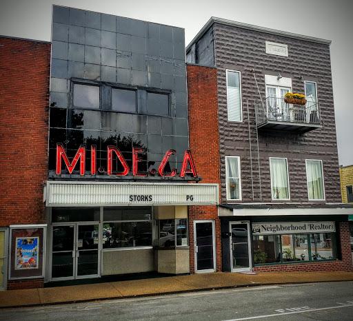 Movie Theater «Mi-De-Ga Theatre», reviews and photos, 106 W Court Square, Waverly, TN 37185, USA