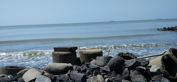 Pantai Muarareja Indah