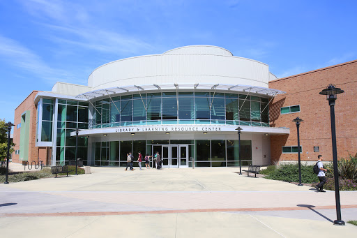Hartnell College, 411 Central Ave, Salinas, CA 93901, University