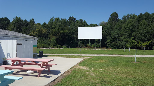 Drive-in Movie Theater «Bel-Air Drive-In Theater», reviews and photos, 337 US-421, Versailles, IN 47042, USA