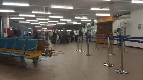 Aeropuerto de Vitoria VIT