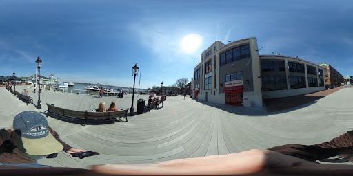 Art Center «Torpedo Factory Art Center», reviews and photos, 105 N Union St, Alexandria, VA 22314, USA