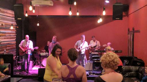 Live Music Venue «Casita Del Polaris», reviews and photos, 1201 N Tioga St, Ithaca, NY 14850, USA
