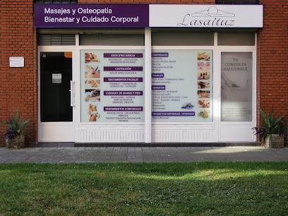 imagen de masajista Lasaituz Centro de Osteopatía y Masajes