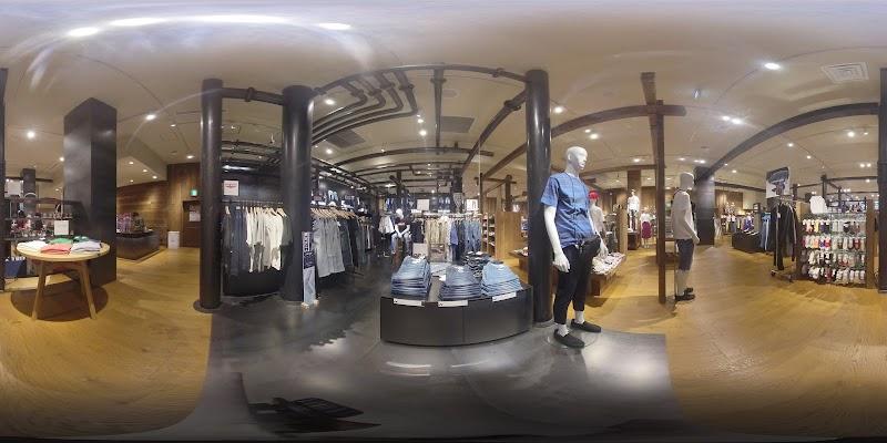 ライトオン HARAJUKUTOKYO店