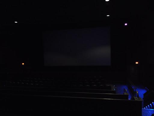 Movie Theater «Farmingdale Multiplex Cinemas», reviews and photos, 1001 Broadhollow Rd, East Farmingdale, NY 11735, USA