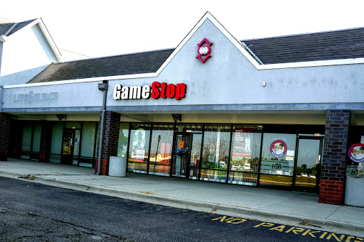 Video Game Store «GameStop», reviews and photos, 5579 Northwest Hwy, Crystal Lake, IL 60014, USA