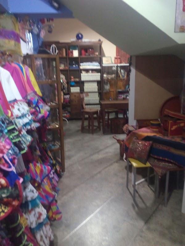 Cira Trajes de Flamenca