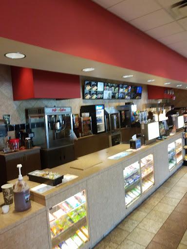 Movie Theater «B&B Theatres KC Northland 14», reviews and photos, 4900 NE 80th St, Kansas City, MO 64119, USA