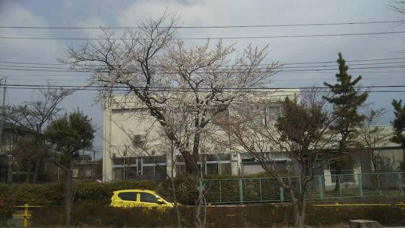 桜ケ丘六丁目公園