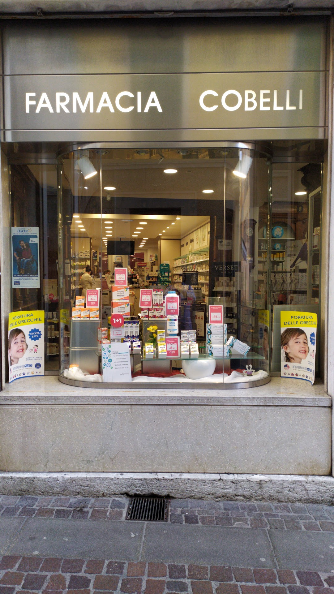 Farmacia Cobelli