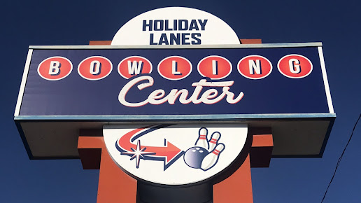 Holiday Lanes Bowling Center