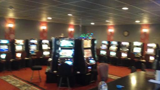 Casino Mom's Corner Store in Pointe-à-la-Croix (QC) | CanaGuide