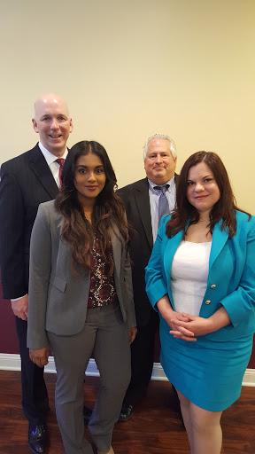 Employment Attorney «Devero Taus LLC», reviews and photos