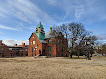 outside view of honors college building
