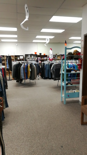 Palouse Treasures Thrift Store, 1005 NW Nye St, Pullman, WA 99163, Thrift Store