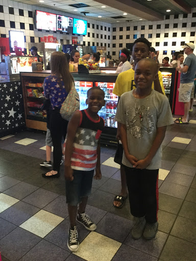 Movie Theater «CINEMARK TINSELTOWN 17 AND XD», reviews and photos, 134 Pavilion Pkwy, Fayetteville, GA 30214, USA