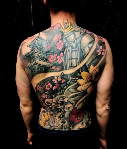 Inkranium Tattoo e Piercing