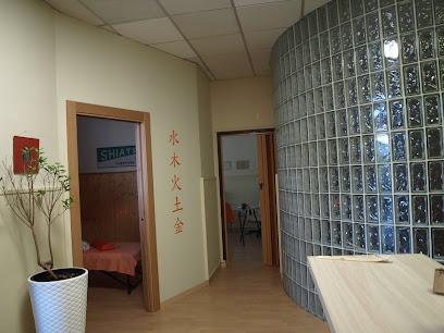 imagen de masajista Shiatsu Salud Integral