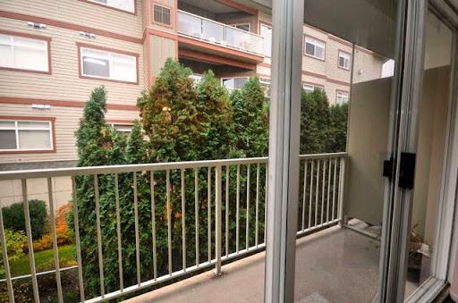 Home Rental Pandosy Square Apartments in Kelowna (BC) | LiveWay