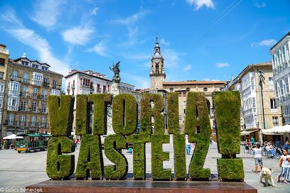 Escultura Vegetal Vitoria Gasteiz