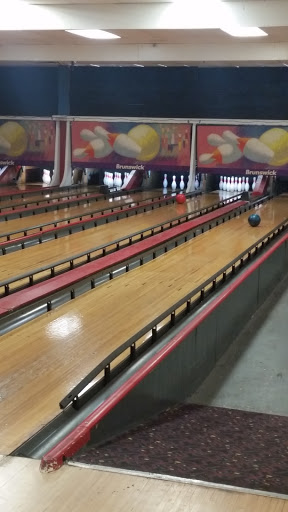 Bowling Alley «Indian Lanes», reviews and photos, 815 E Northside Dr, Clinton, MS 39056, USA