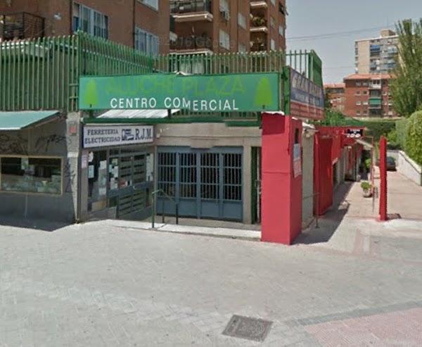 Aluche Plaza Centro Comercial