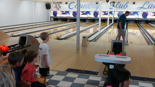 Bowling Alley «Country Club Lanes», reviews and photos, 5601 Manitou Rd, Excelsior, MN 55331, USA
