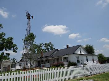 Tourist Attraction «Amish Heritage Farm», reviews and photos, 1016 Brewer Rd, Ethridge, TN 38456, USA