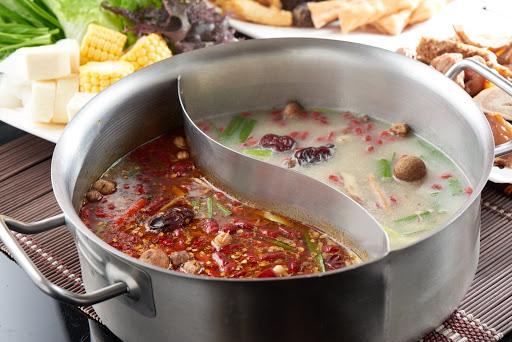 小蒙牛頂級麻辣養生鍋hotpot-新竹晶品城店