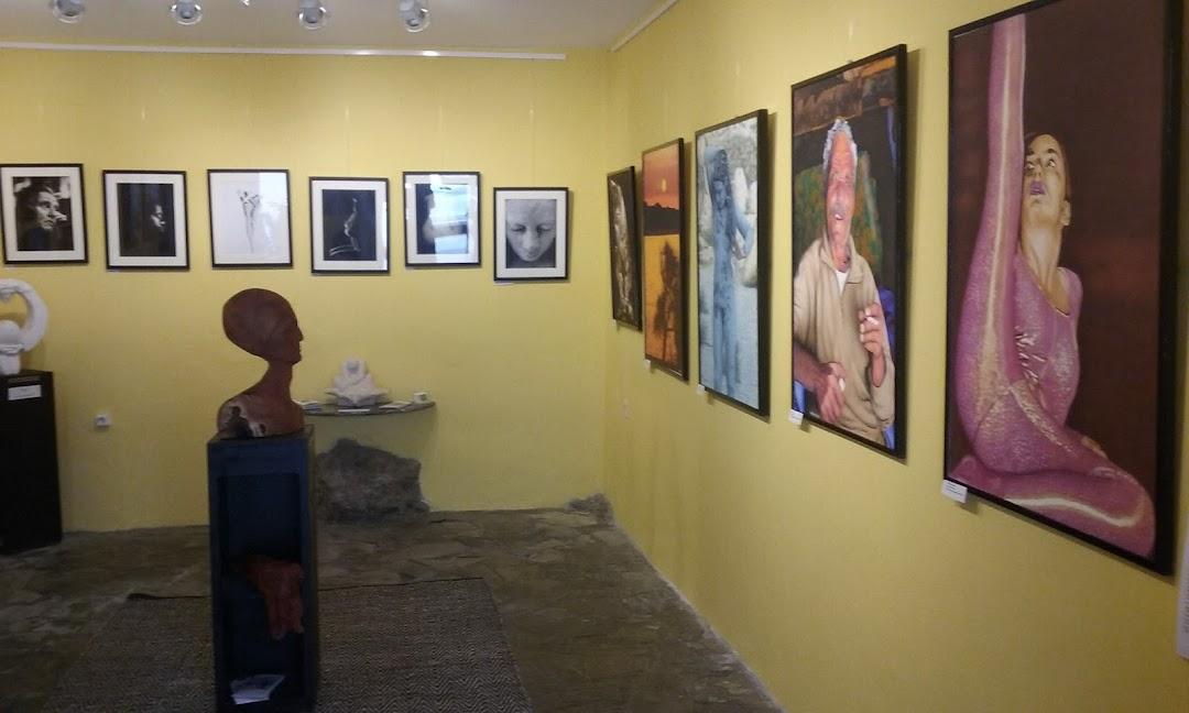 Art Flow Studio Gallery