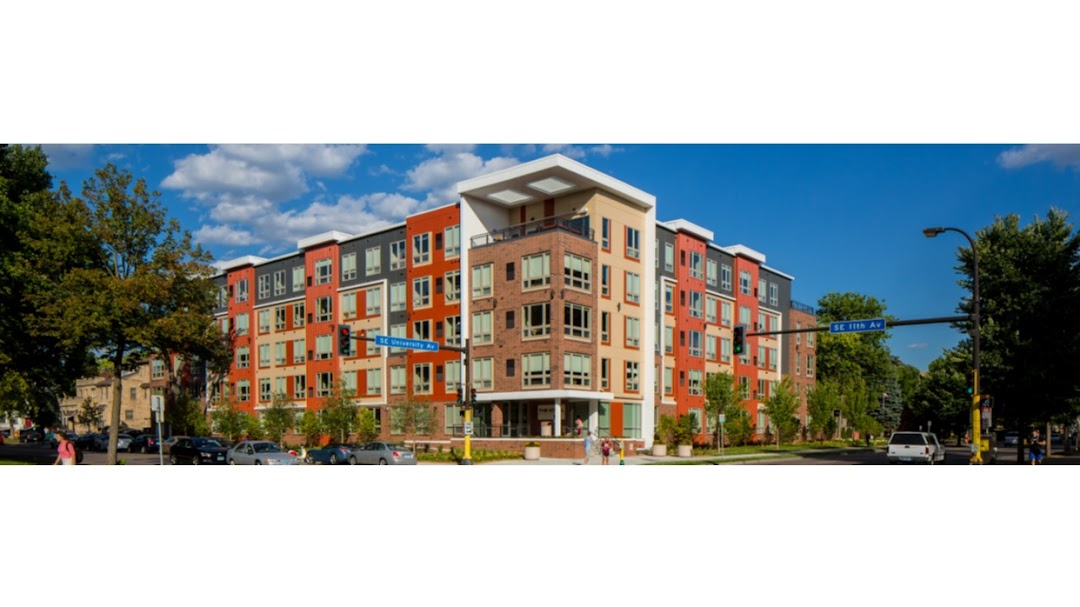 The Knoll Apartments In The City Minneapolis