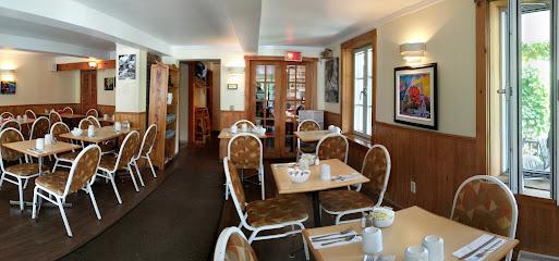 Cafe Du Vieux Beloeil Enr