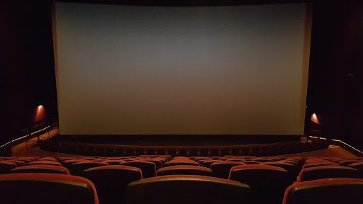 Movie Theater Amc Garden State 16 Reviews And Photos 4000