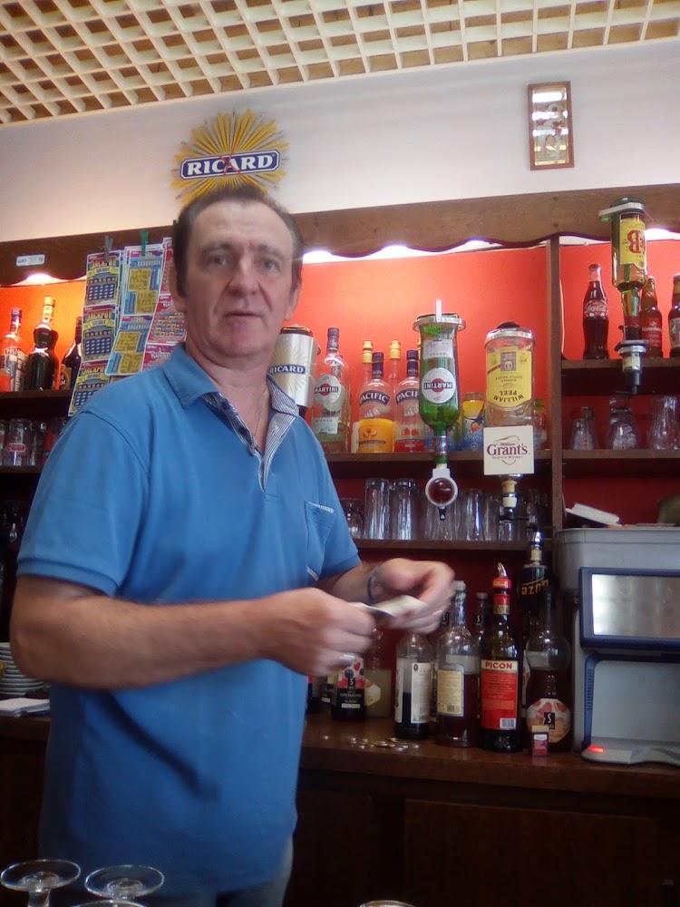 photo du resaurant Caddy Bar