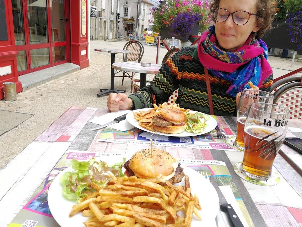 photo du resaurant Le Saint Hilaire