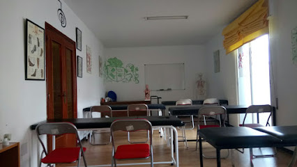 imagen de masajista Instituto Kiros Don Benito