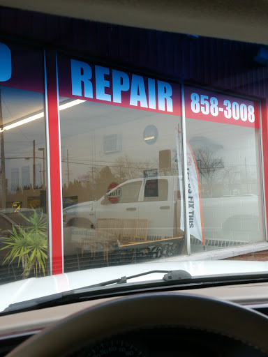 Auto Repair Shop «R & T Auto & Repair Services», reviews and photos, 1000 W Michigan Ave, Three Rivers, MI 49093, USA