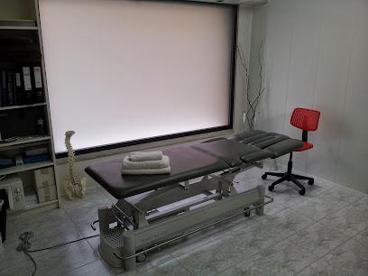 imagen de masajista L'Espai de Fisioteràpia i Osteopatia