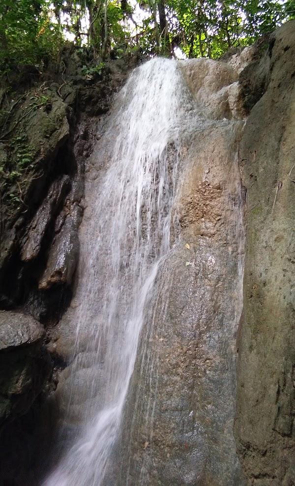 Air Terjun Selendang Bidadari