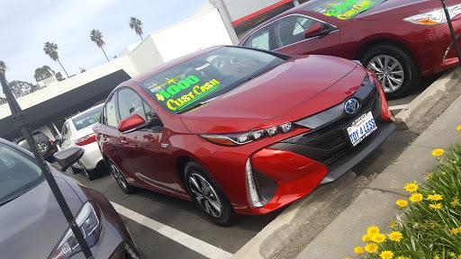 Toyota Dealer «Toyota Of Whittier», reviews and photos, 14577 Whittier Blvd, Whittier, CA 90605, USA