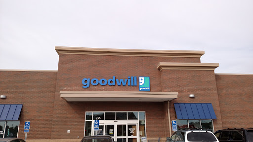 Goodwill, 775 W Waterloo St, Canal Winchester, OH 43110, Donations Center