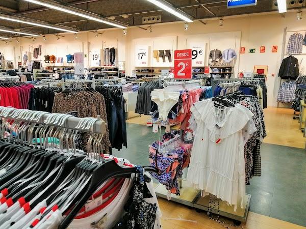 Centro Comercial El Manar