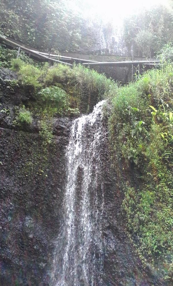Air Terjun Grenjengan