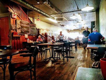 Flyers Bakery & Cafe