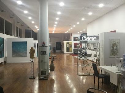 "Art Center Gallery "" de Waldi Mare"""