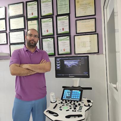 imagen de masajista Fisioterapia San Félix Almería Nutrición y dietética